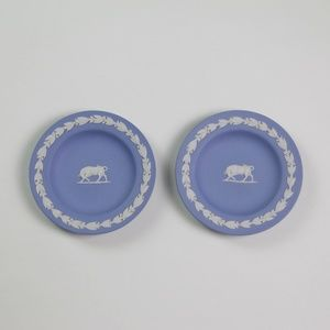 2 Vintage Wedgwood Blue Jasperware Taurus Dishes